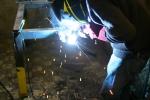 Réalisation en métal/bois dans l'atelier de la Zinneke